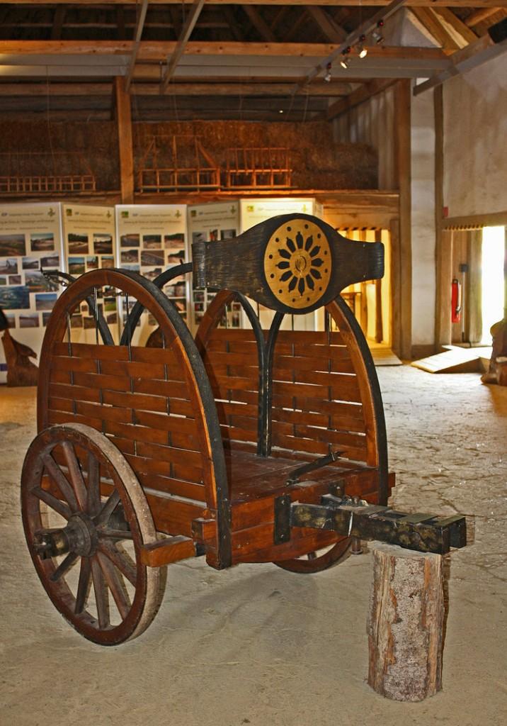 heuneburg__celtic_war_chariot_by_scrano-danq5qd