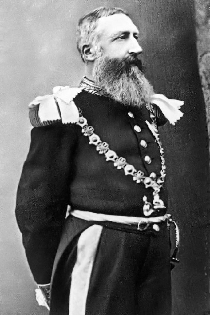 Leo, der Metzger.König von Belgien und Wütwrich im Kongo.Liebe Frau Merkel, nicht Deutschland hat in Afrika das meiste Leid verursacht, wie Sie unverschämterweise zum Besten gegeben haben.Sie sollten wohl Geschichtsunterricht nehmen.