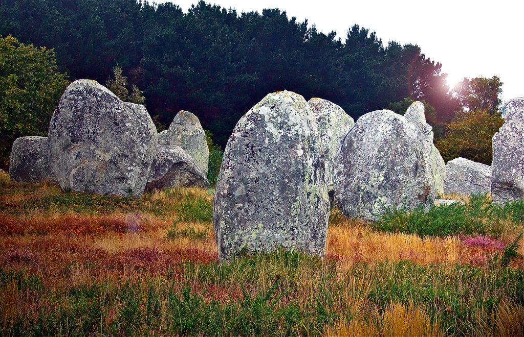 Standing Stones Alignements von Menhiren bei Carnac.©beast666