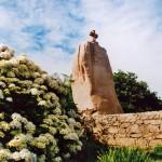 Menhir St. Uzec