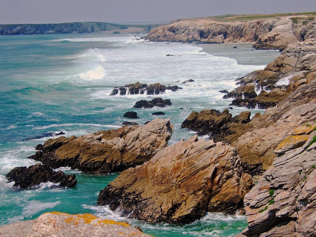 Urlaub am Meer: Wilde bretonische Küste.